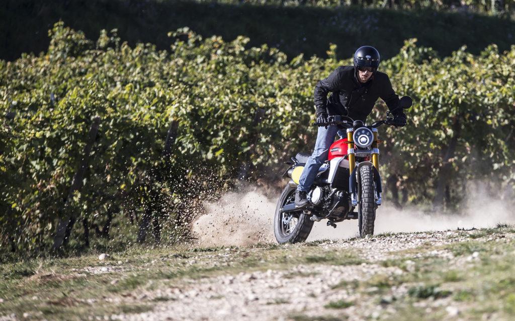 Moto Scrambler Caballero
